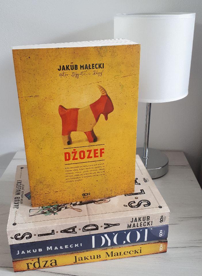 """""""Dżozef"""" Jakuba Małeckiego czyli realizm magiczny wnajlepszym wydaniu."""